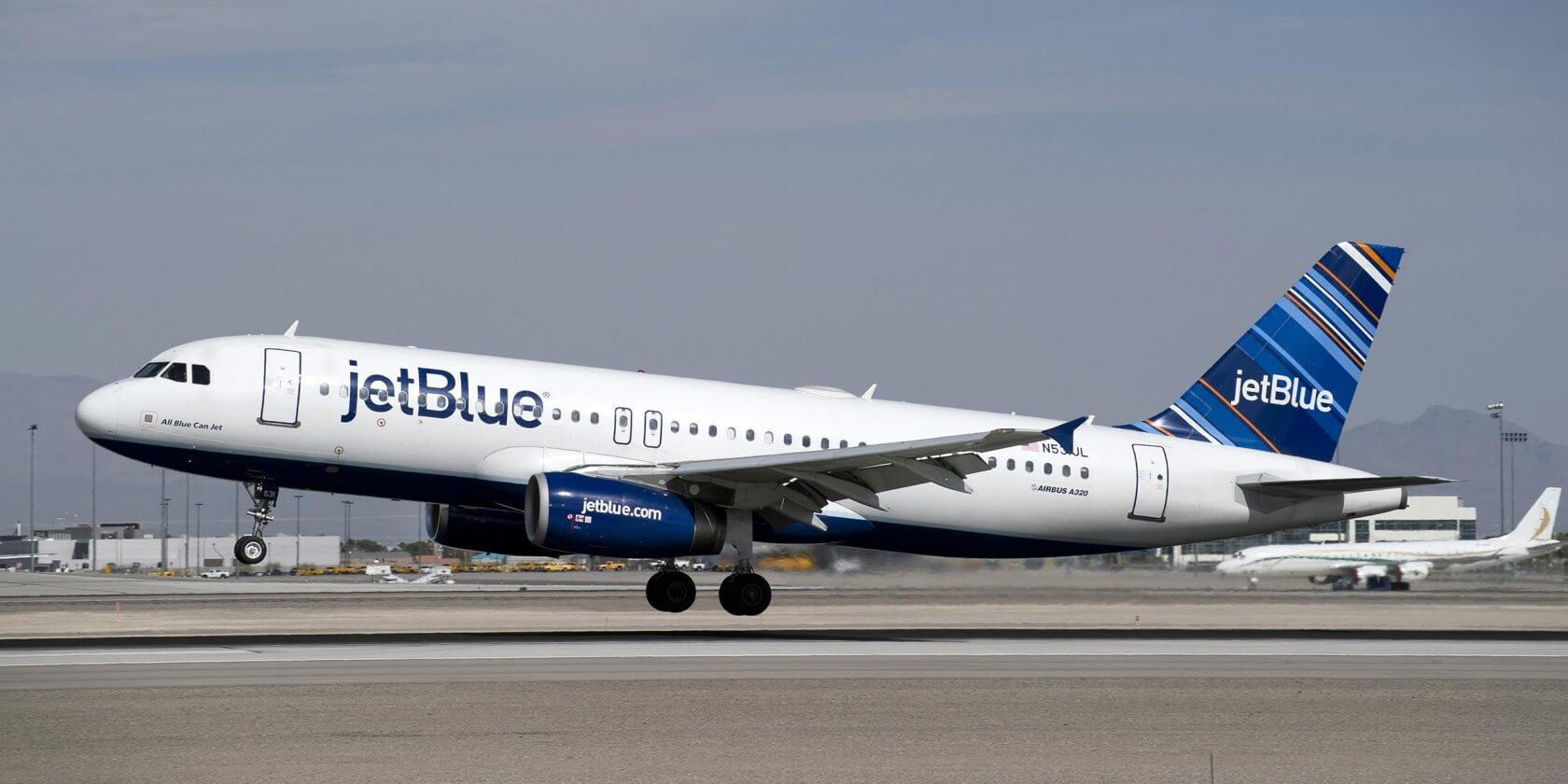 JetBlue contest calls on participants to delete Instagram photos
