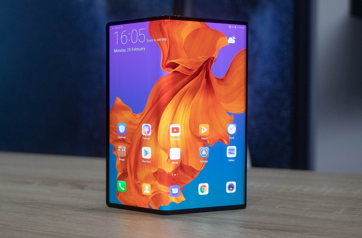 Gorilla Glass maker is working on flexible glass for foldable phones