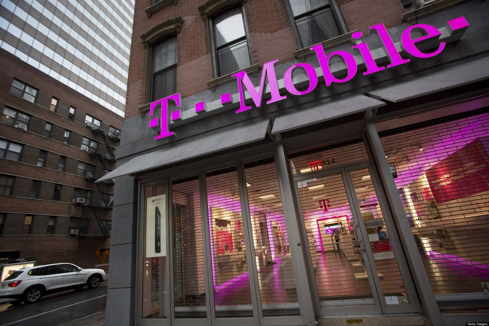 T-Mobile is starting to test its own 50 Mbps home internet service