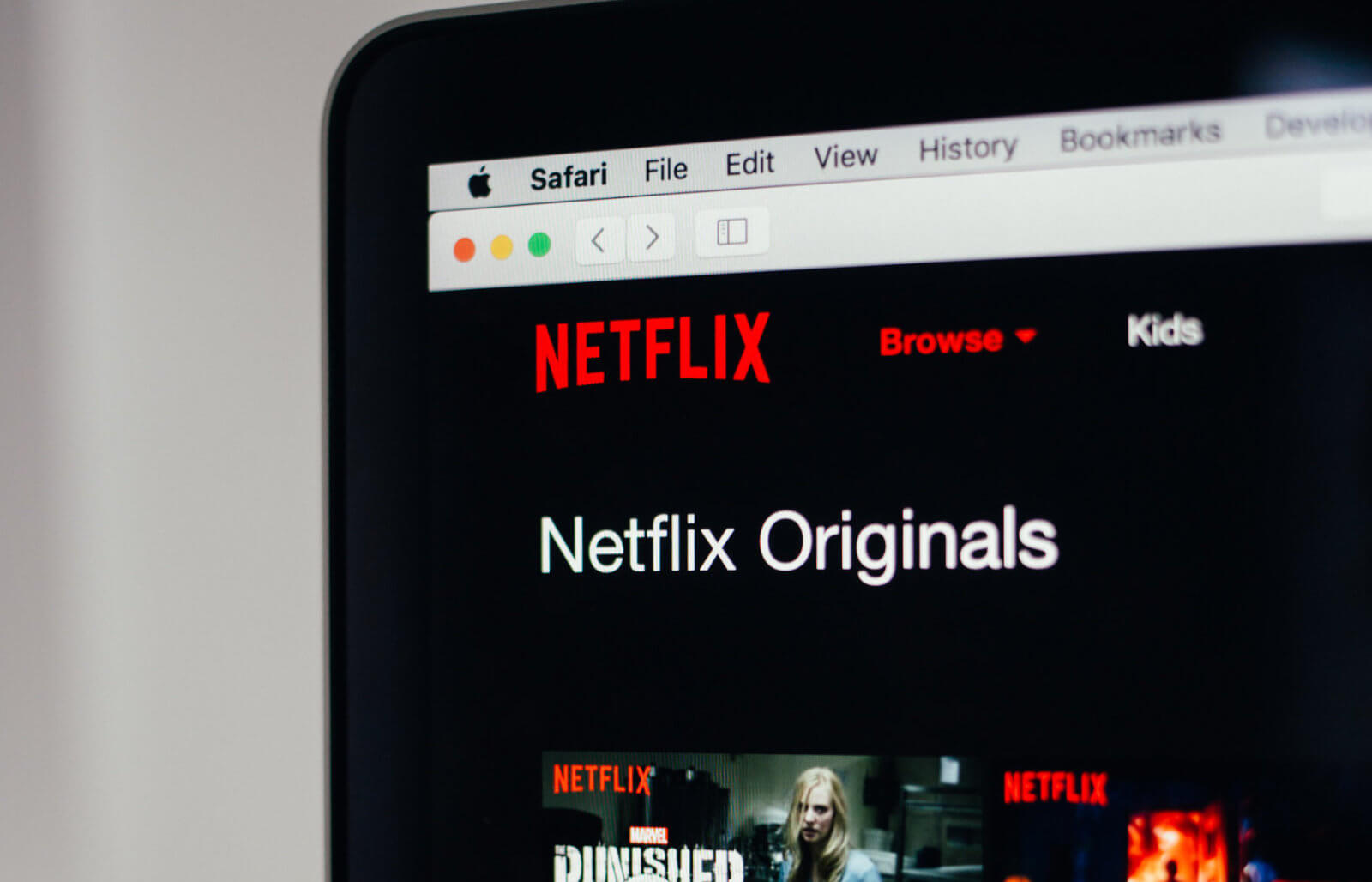 Netflix posts record first quarter with almost 10 million new subscribers