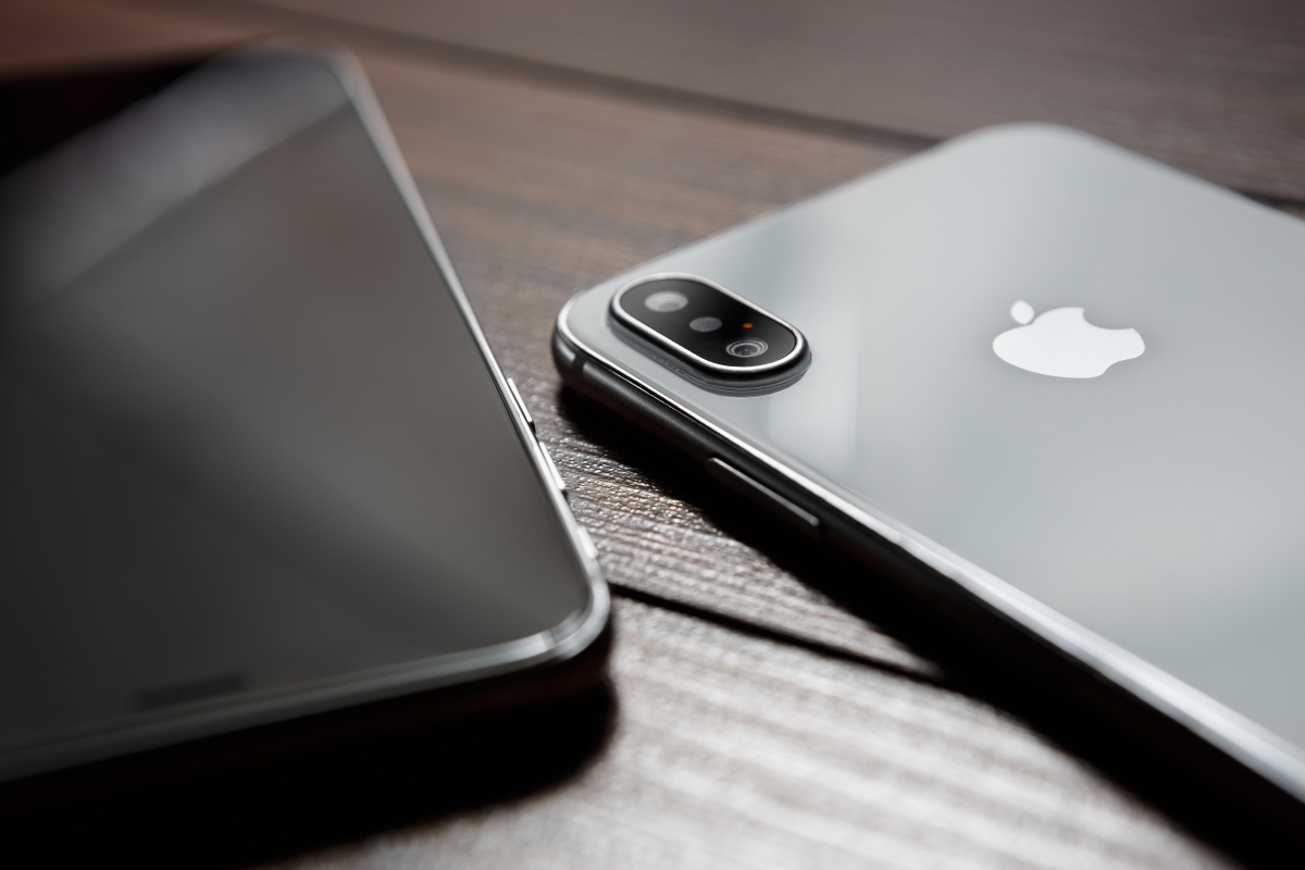 2019 iPhones to feature 12-megapixel front-facing cameras, special lens-hiding coating and more