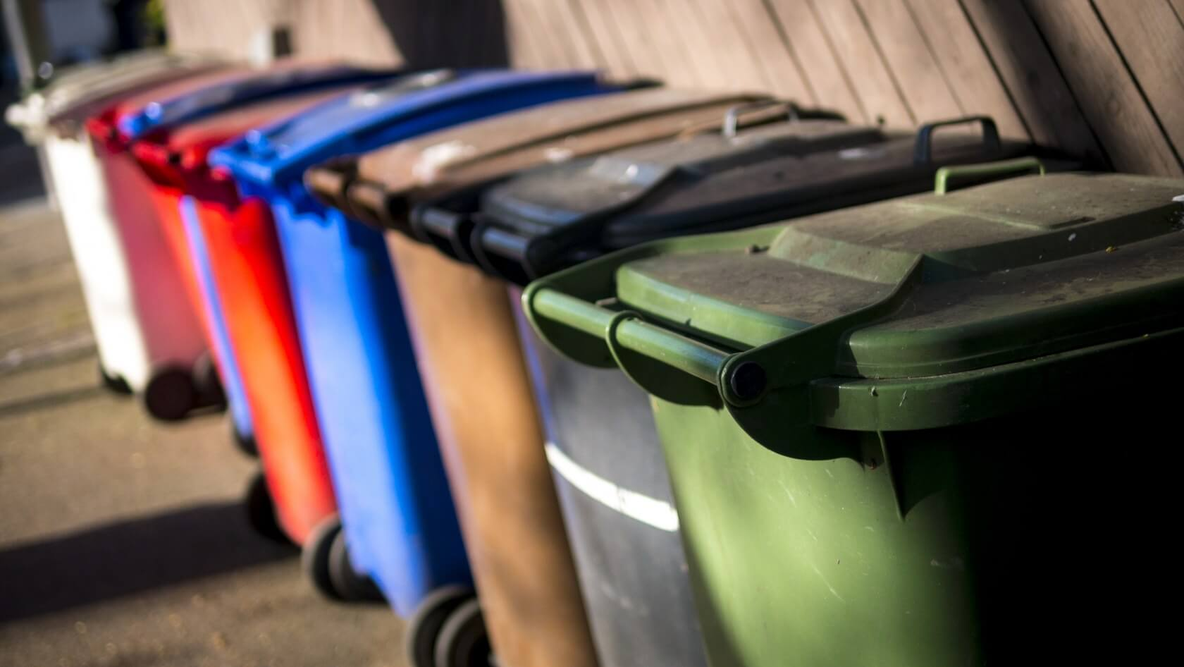 Researchers create new plastic type that could enable near-lossless recycling