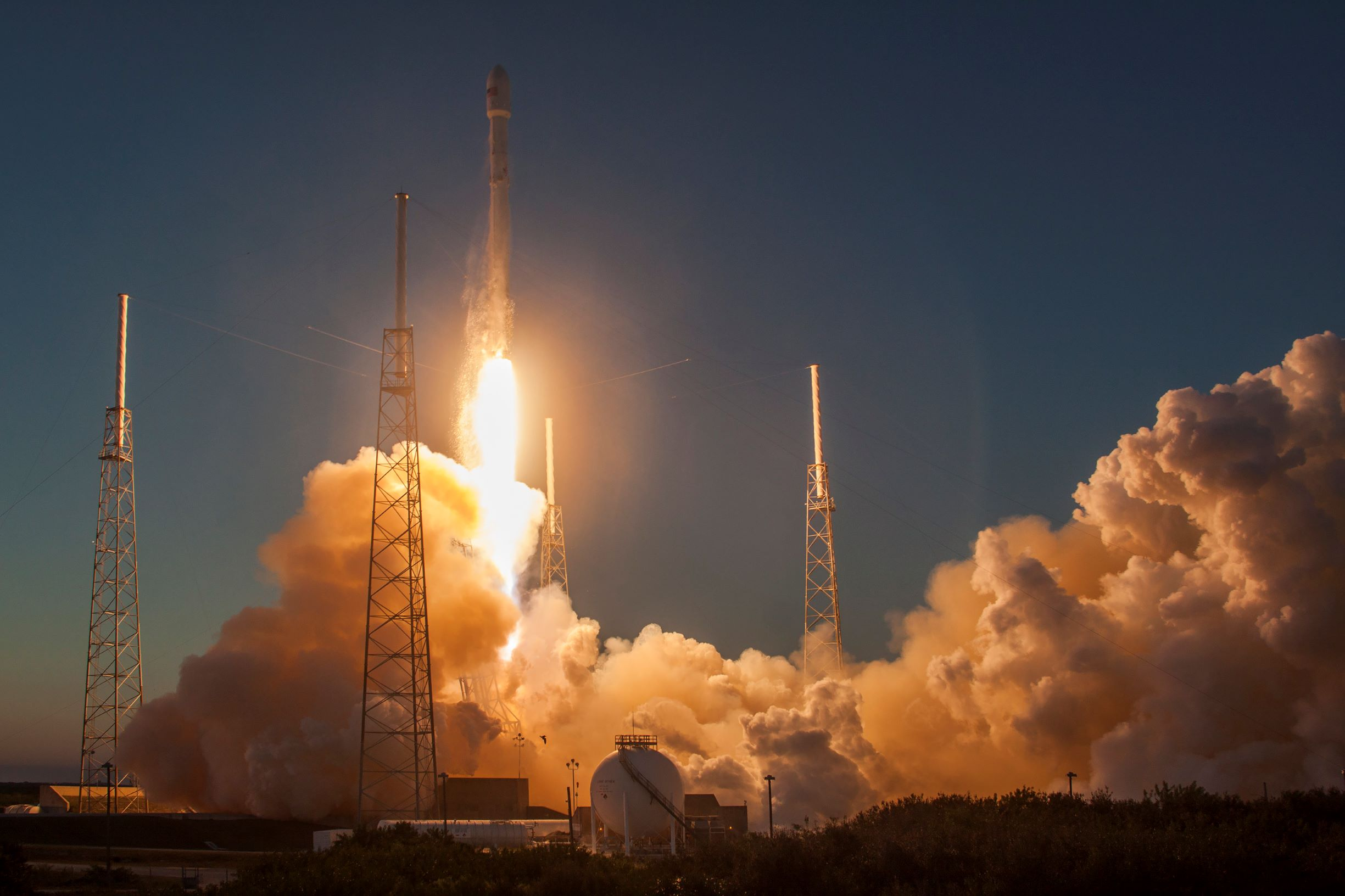 SpaceX halves the orbiting height for part of their satellite internet network
