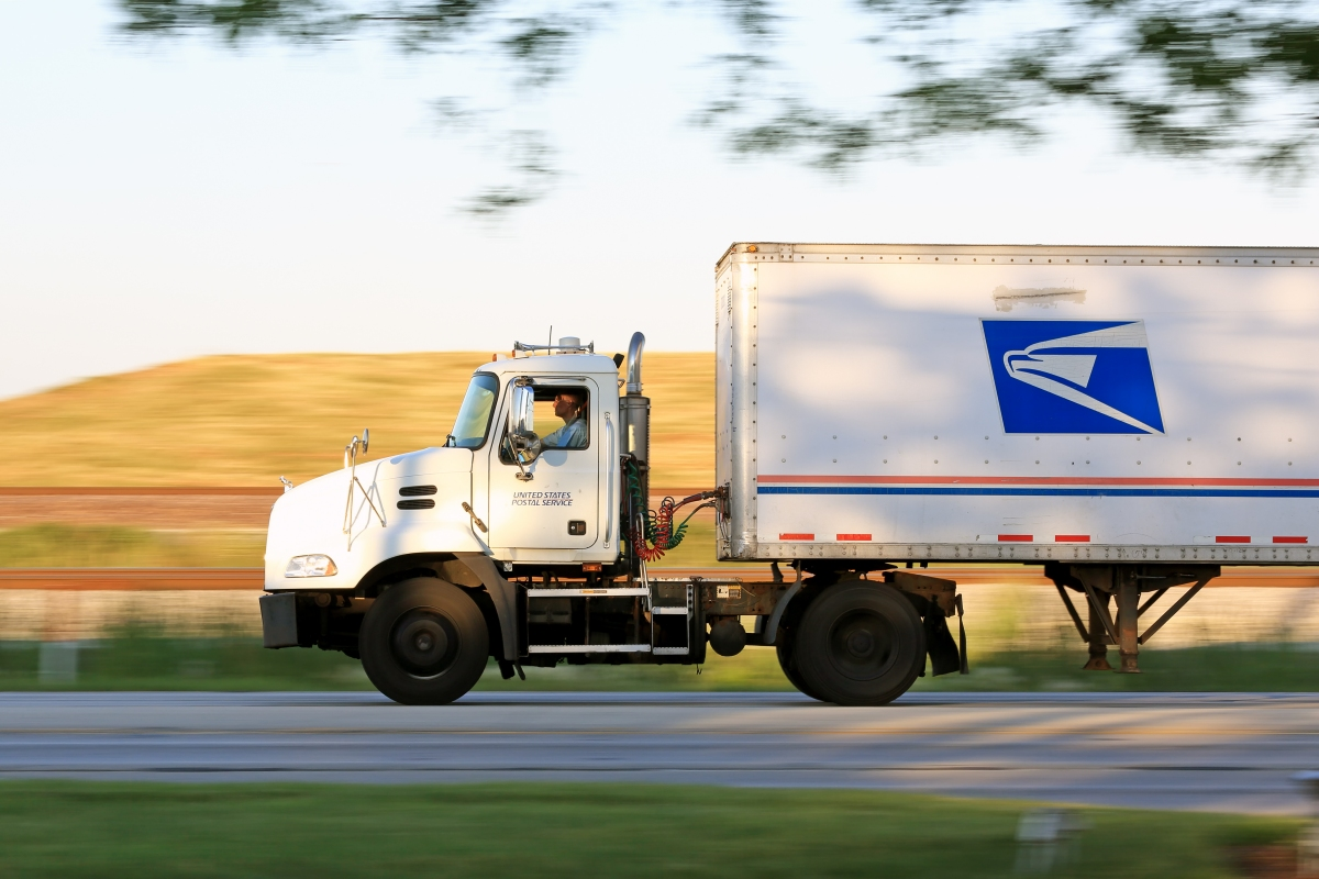 The Postal Service is piloting self-driving mail trucks - TechSpot