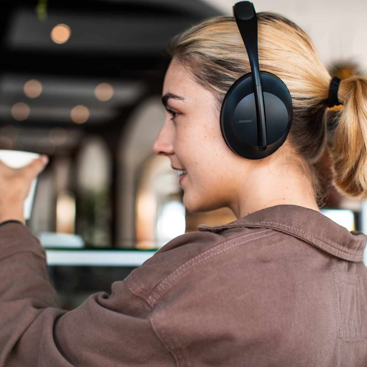 ba38db9ffe7 Bose's new Noise Cancelling Headphones 700 are based on the legendary  QuietComfort series