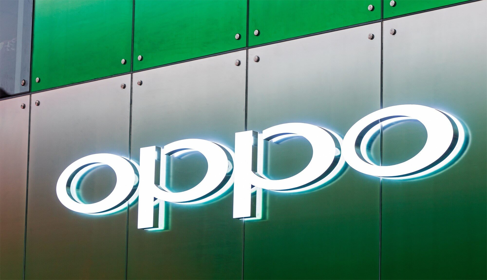 Oppo and Xiaomi post videos of their in-display selfie cameras