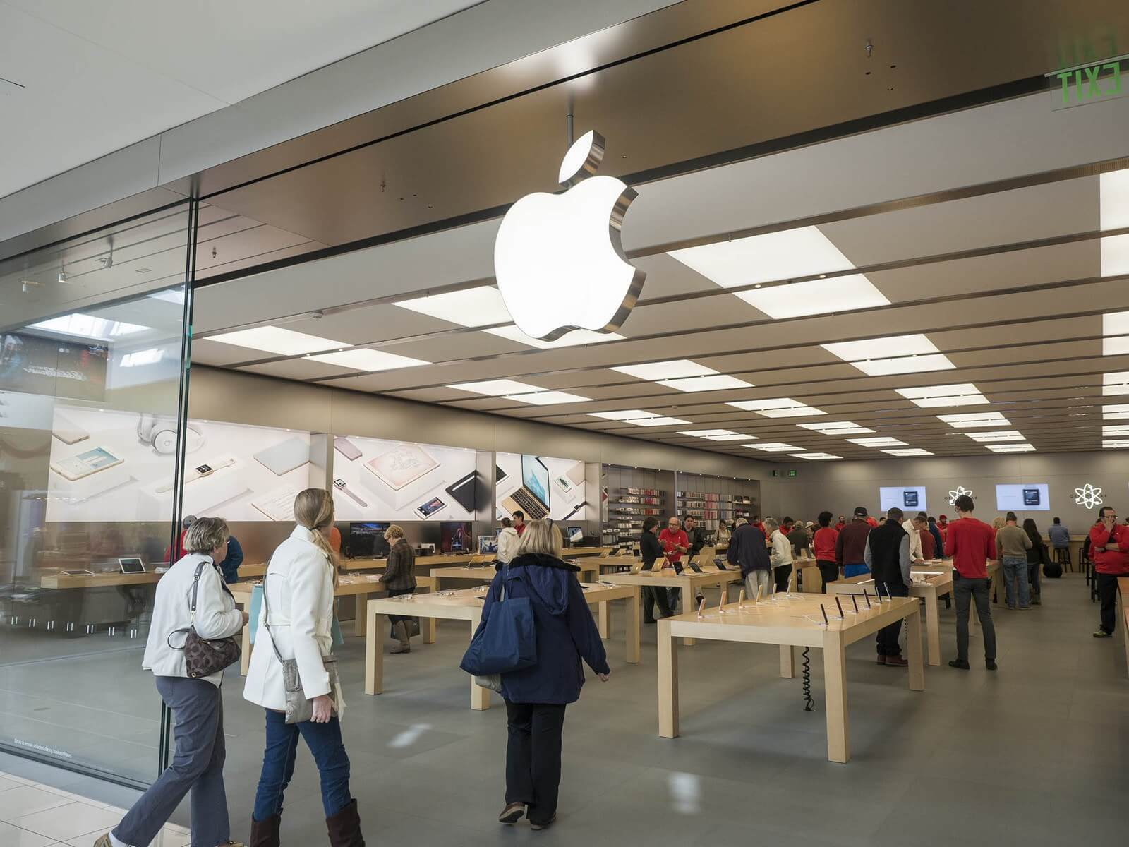 Six charged with multiple felonies in fraud ring that stole more than $19 million in iPhones