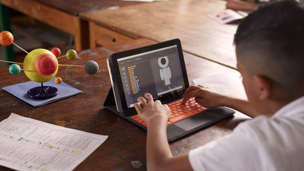 Kano is launching a DIY Windows PC to teach kids assembly and coding skills