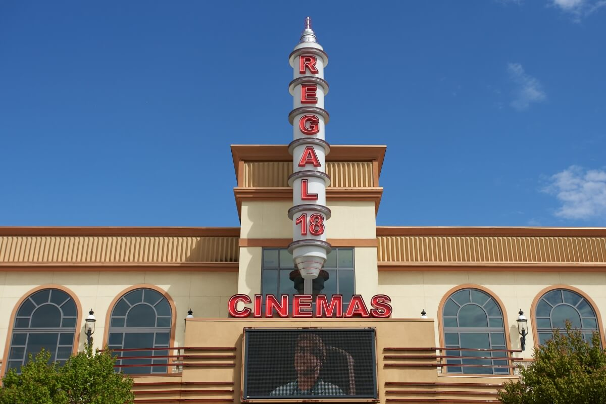 Regal Cinemas is hopping aboard the movie subscription bandwagon