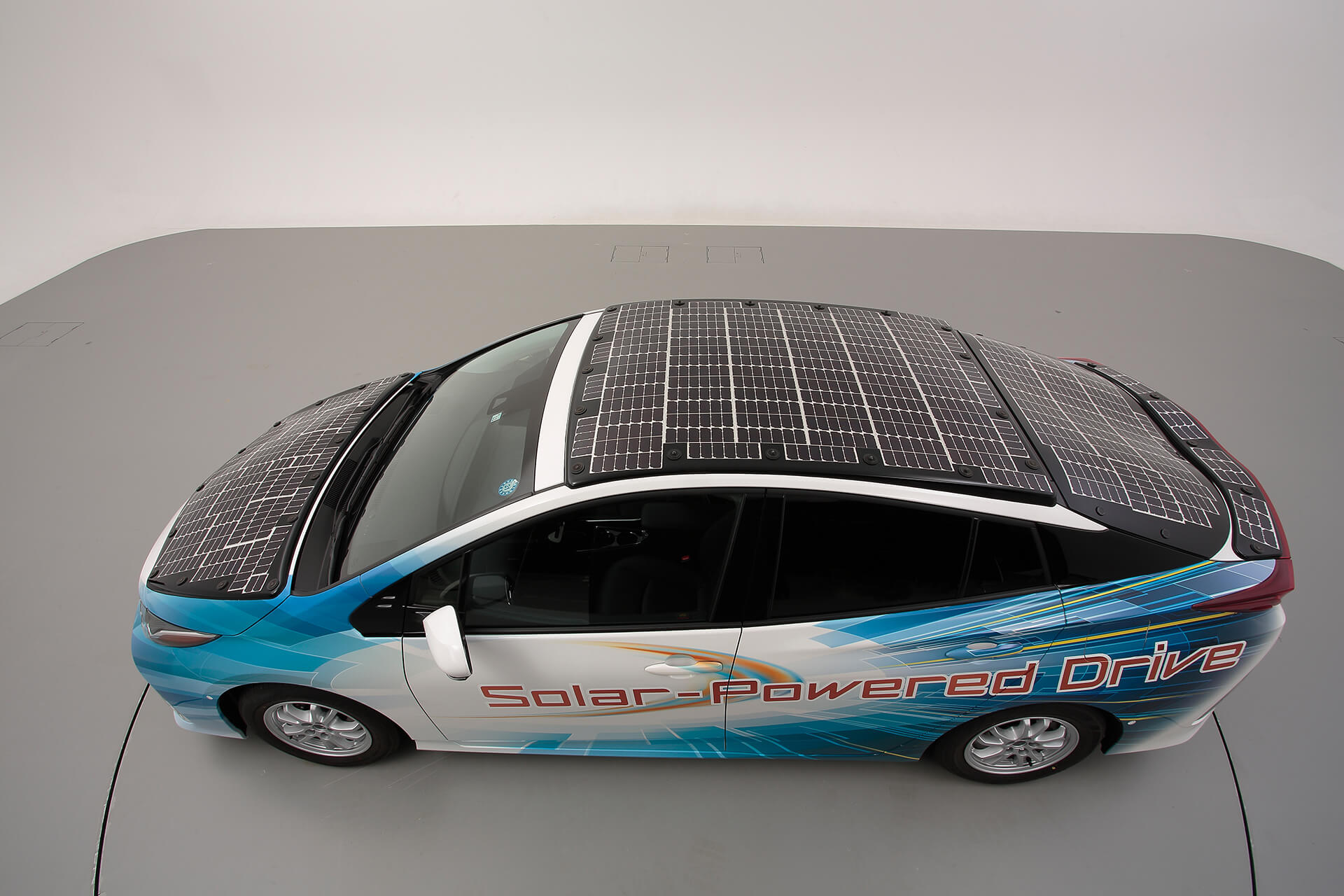 Toyota is playing with a solar roof for its next electric cars