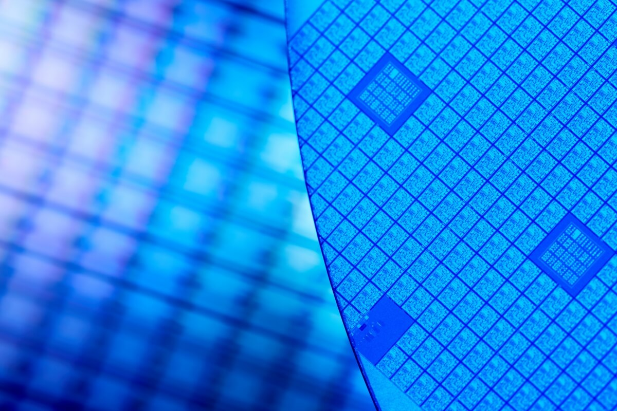 Intel CEO on 10nm delay: 'We prioritized performance at a