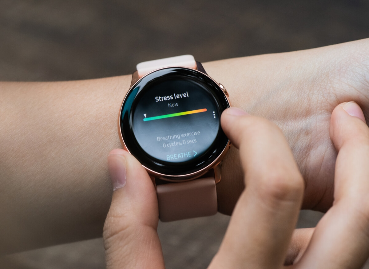Samsung's Galaxy Watch Active 2 is getting a touch-sensitive bezel and Bluetooth 5.0