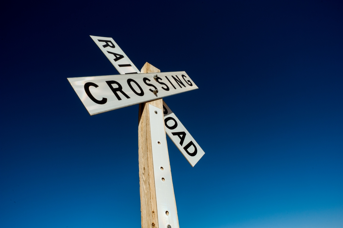 Tech companies are ignoring pleas to add railroad crossings to digital maps