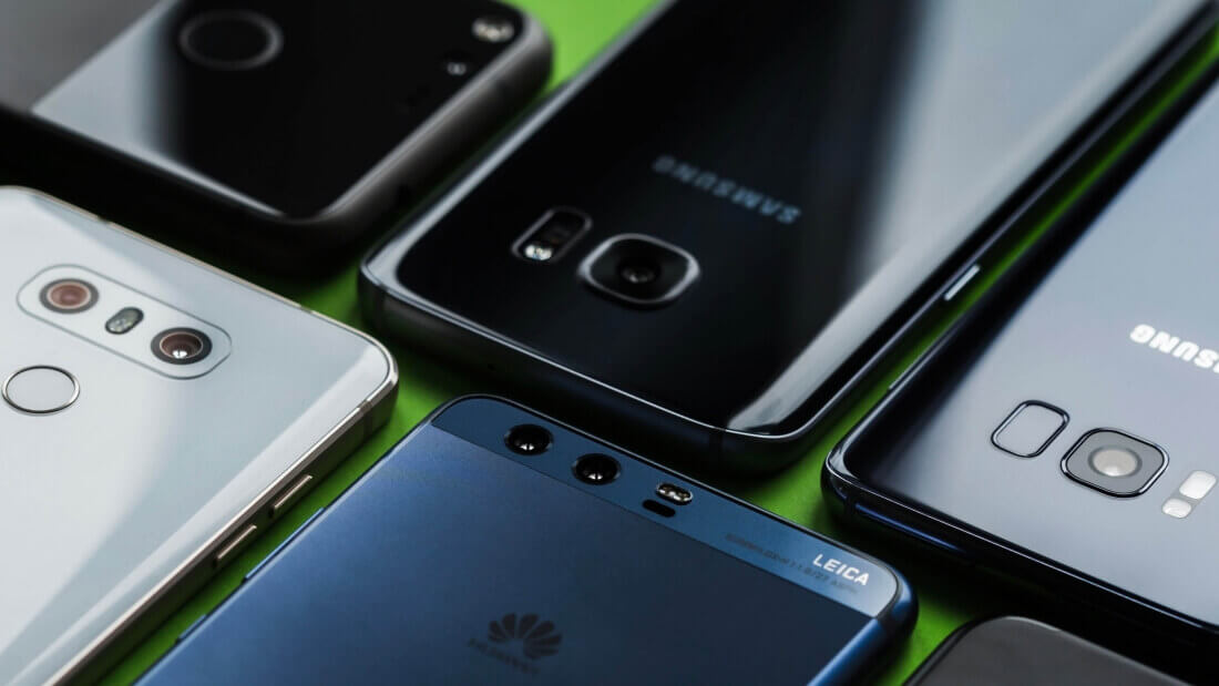 Samsung is selling more phones in the EU at the expense of Apple and Huawei