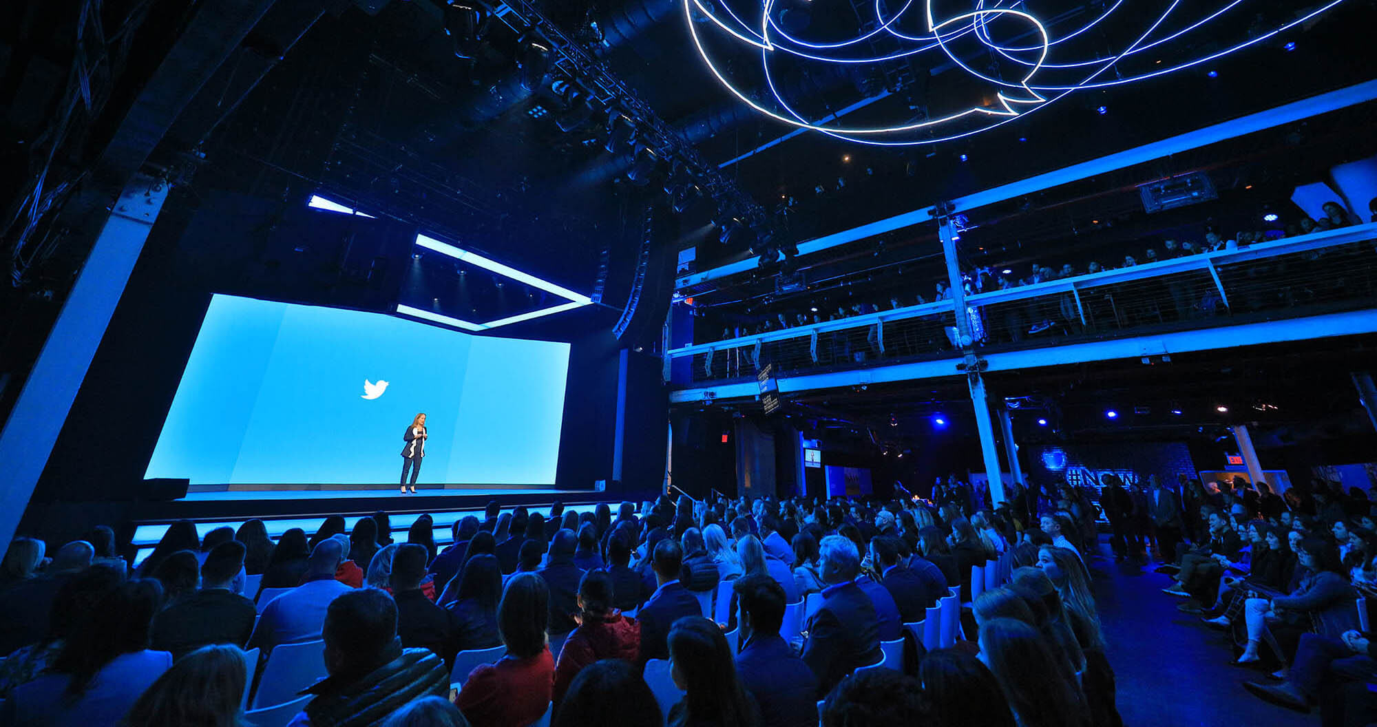 Twitter will soon let you follow topics curated by AI