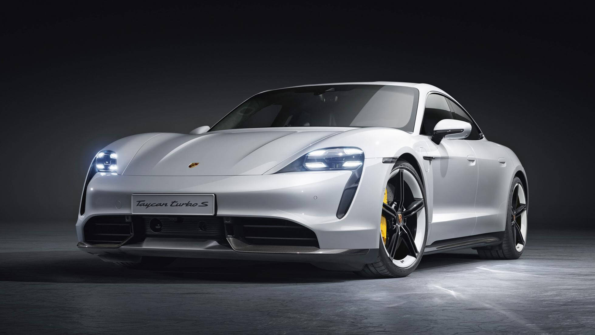 Four Door Sports Cars >> Porsche Finally Unveils Its All Electric Taycan Sports Car