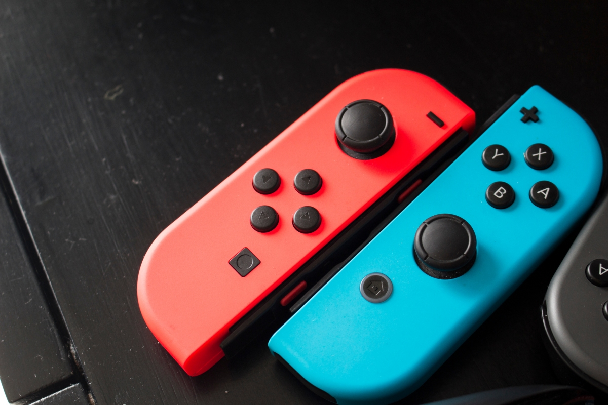 Nintendo is experimenting with 'flexible' Switch controllers