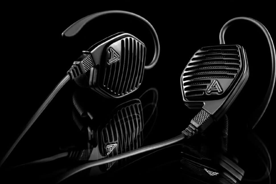 Audeze's wireless earbuds offer audiophile-level sound --- for $899