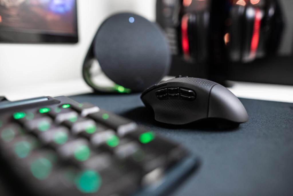 Logitech's new G604 LightSpeed wireless gaming mouse ships this fall