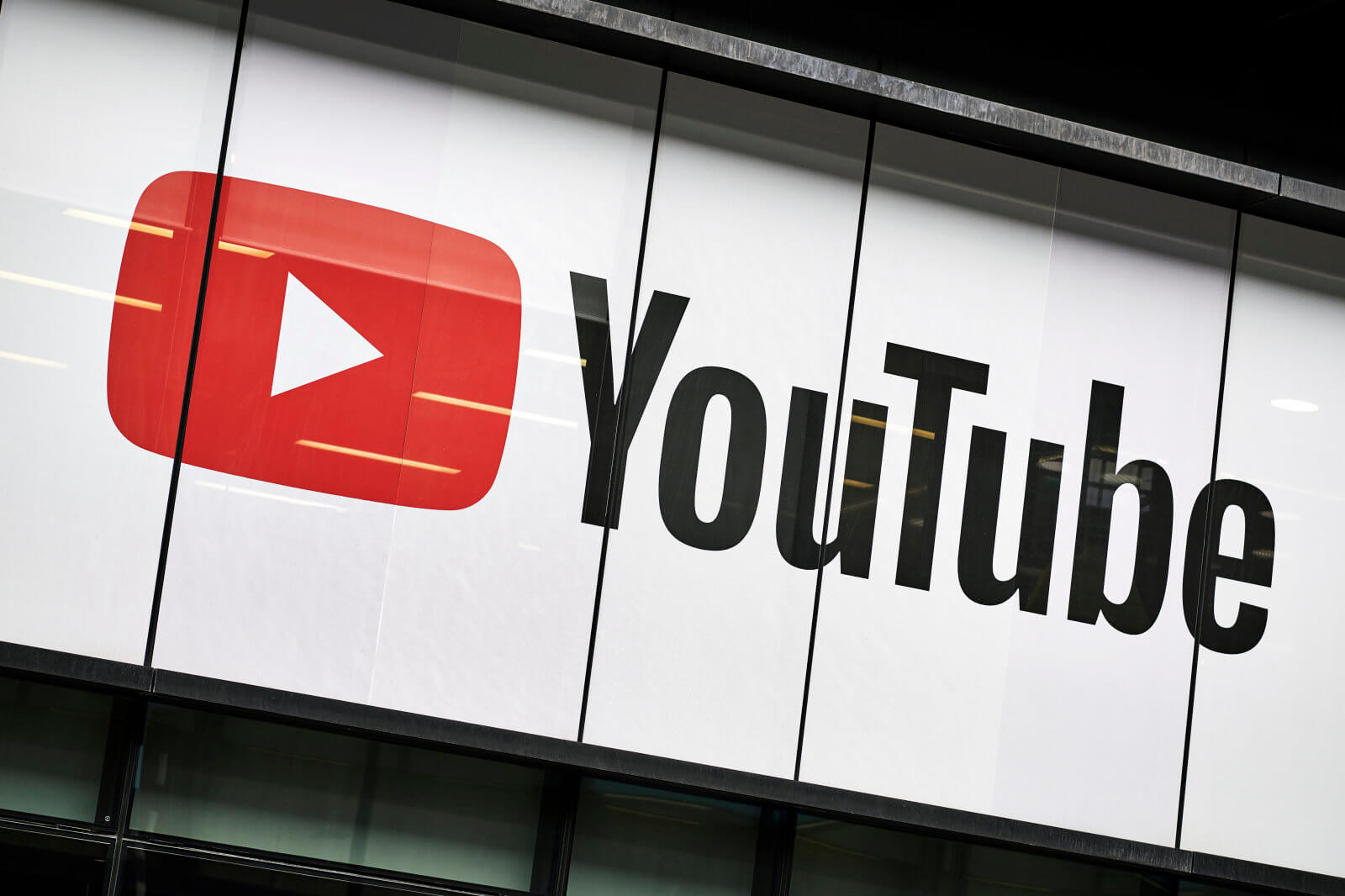 YouTube CEO issues public apology for verification changes