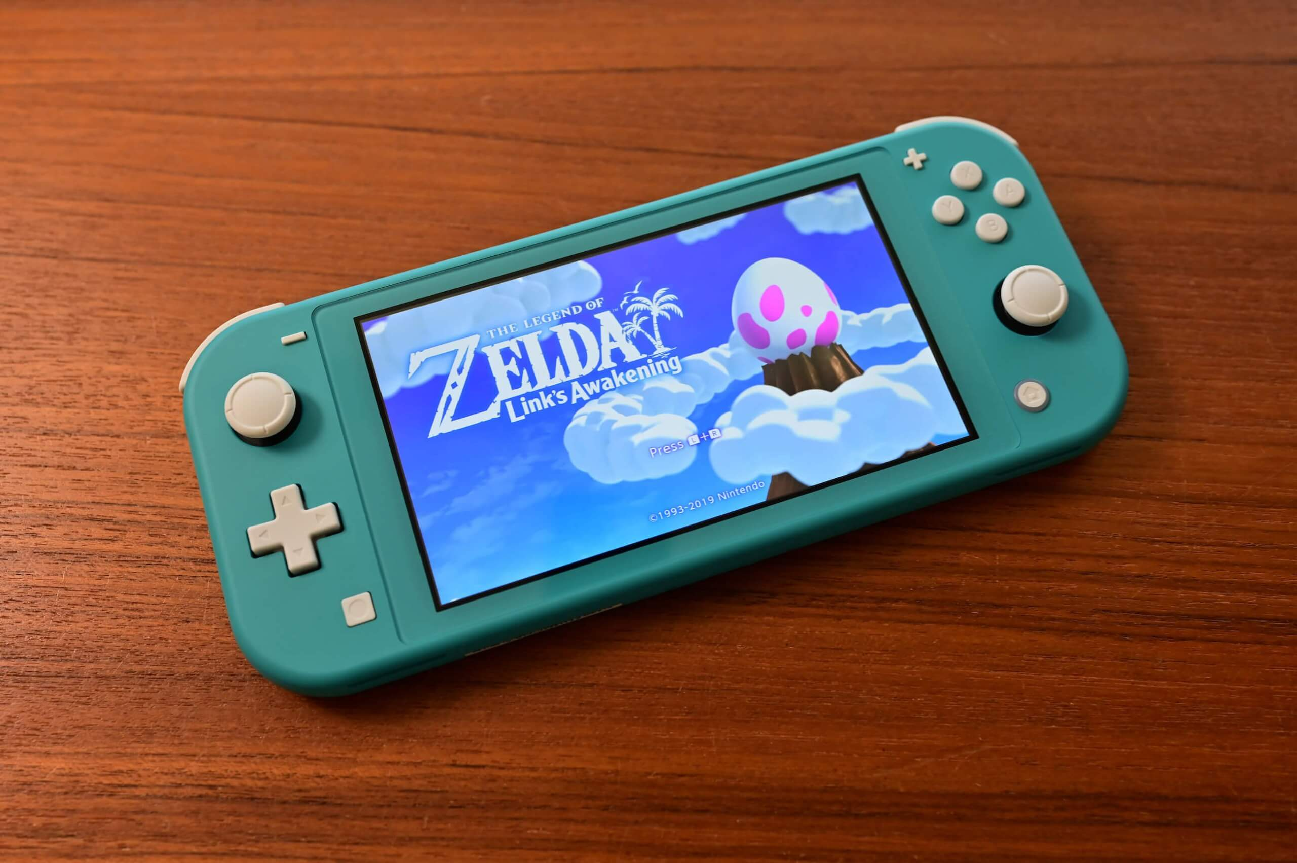 First reports of 'joystick drift' emerge for Nintendo Switch Lite
