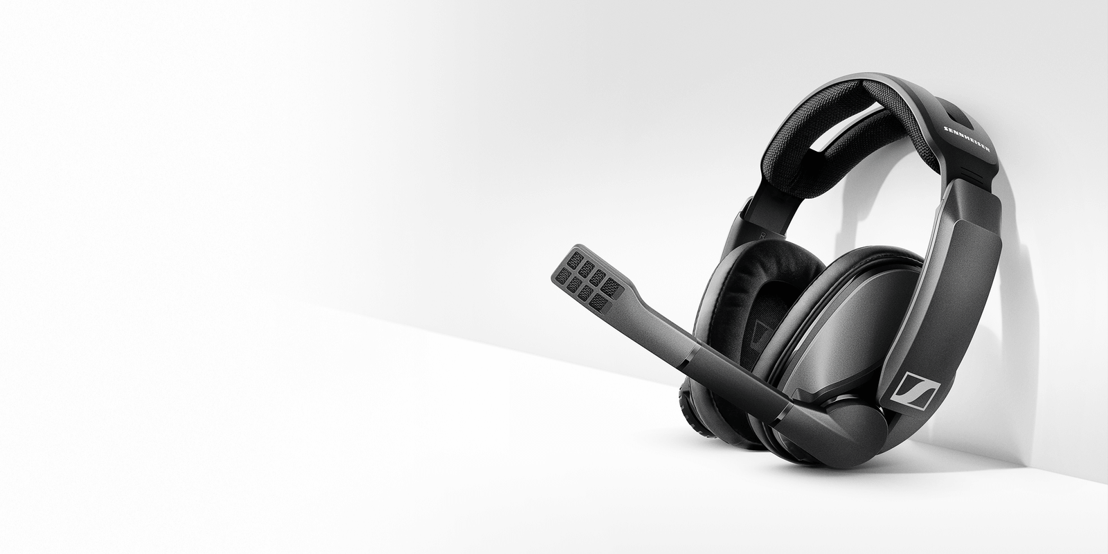 Sennheiser's newest gaming headset boasts 100 hours of battery life