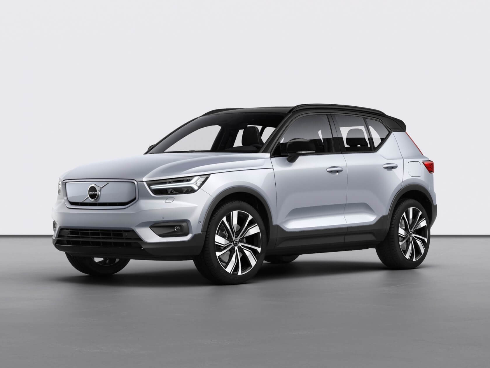 Volvo XC40 Recharge electric crossover debuts: 200 miles, all-wheel drive, constantly updated