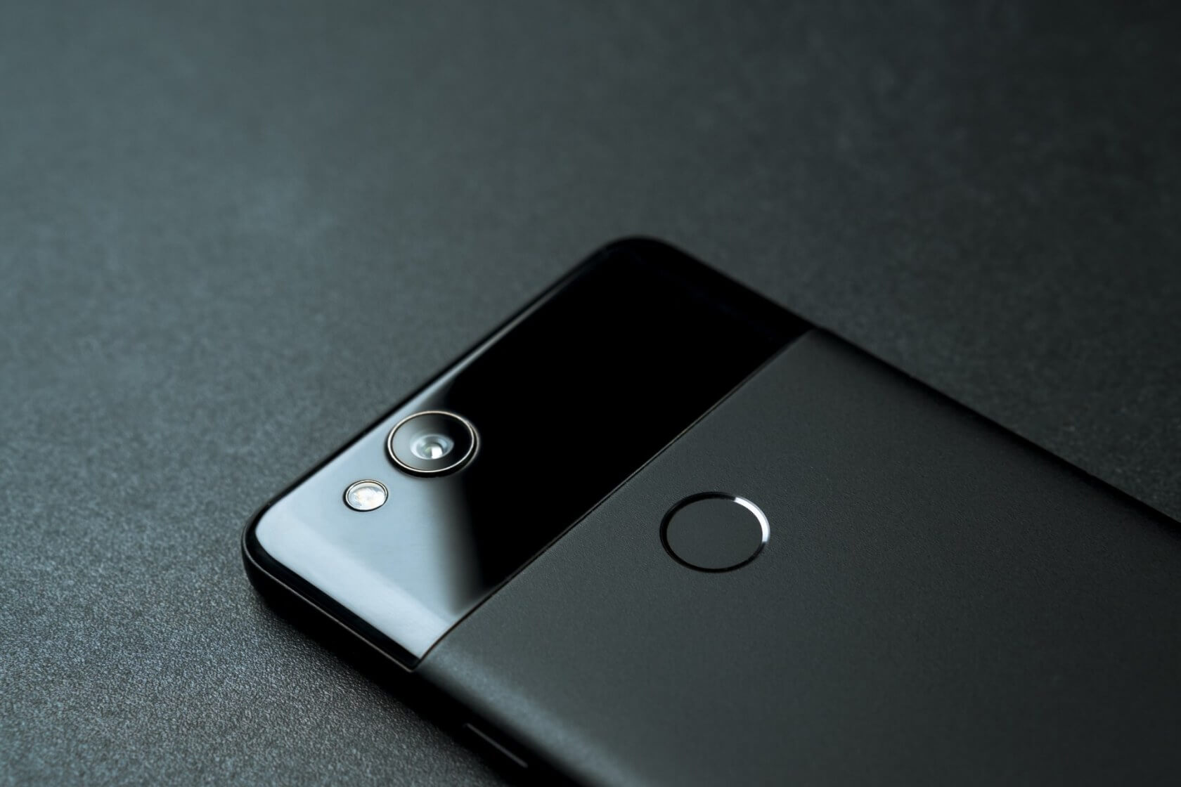 Google ends official support for the original Pixel 1 phone