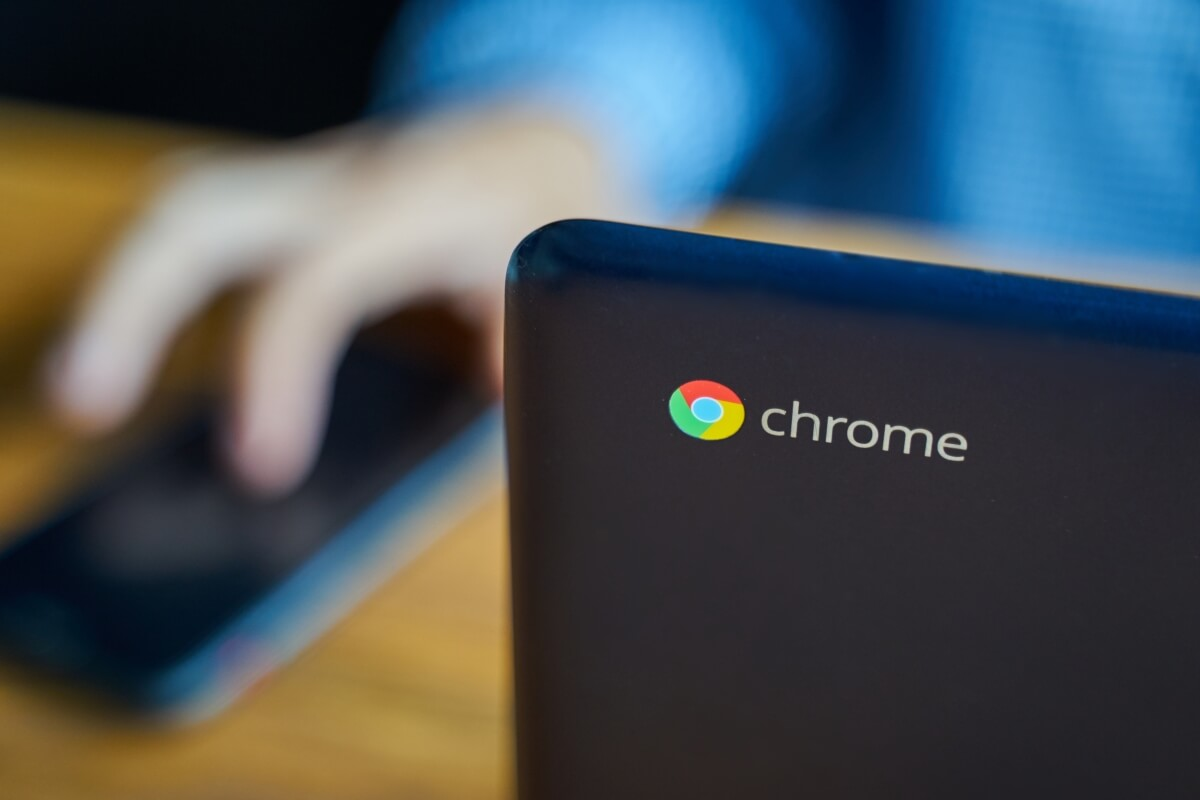 Pro Tip Don T Buy A Chromebook On Black Friday Or Cyber Monday Without Checking Its Expiration Date