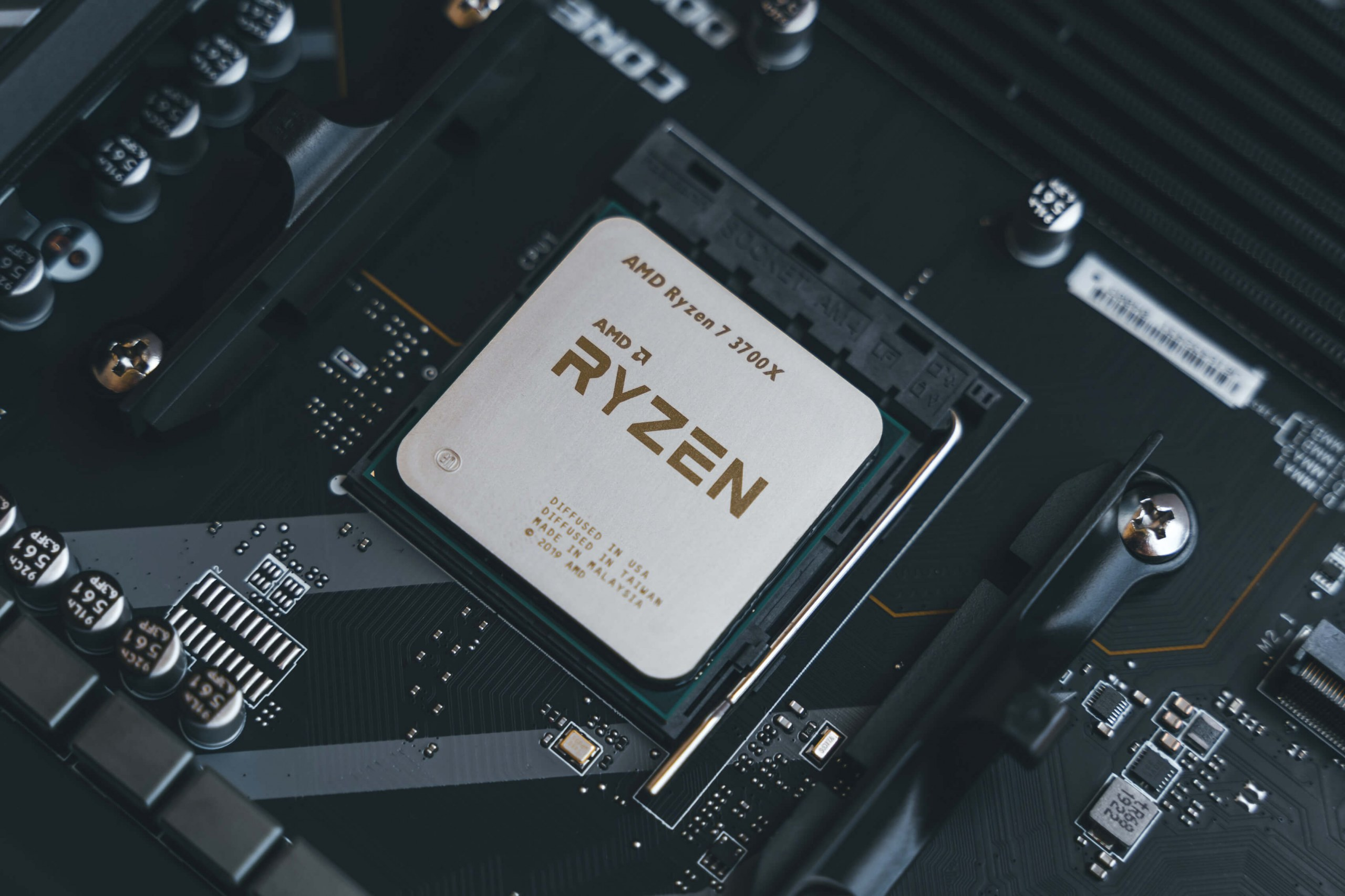 Best Cpu 2020.The First Mini Pcs Powered By Amd Ryzen Embedded Processors