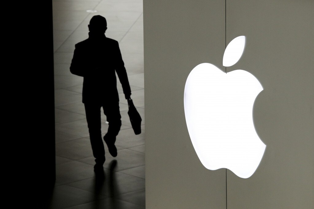 Apple sues former iPhone chip designer for breach of contract