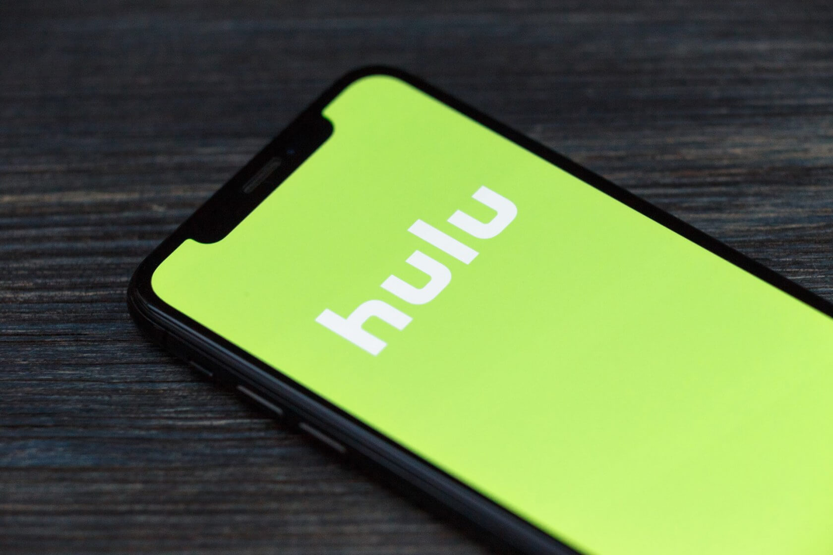 Hulu incentivizes binge viewing sessions with ad-free