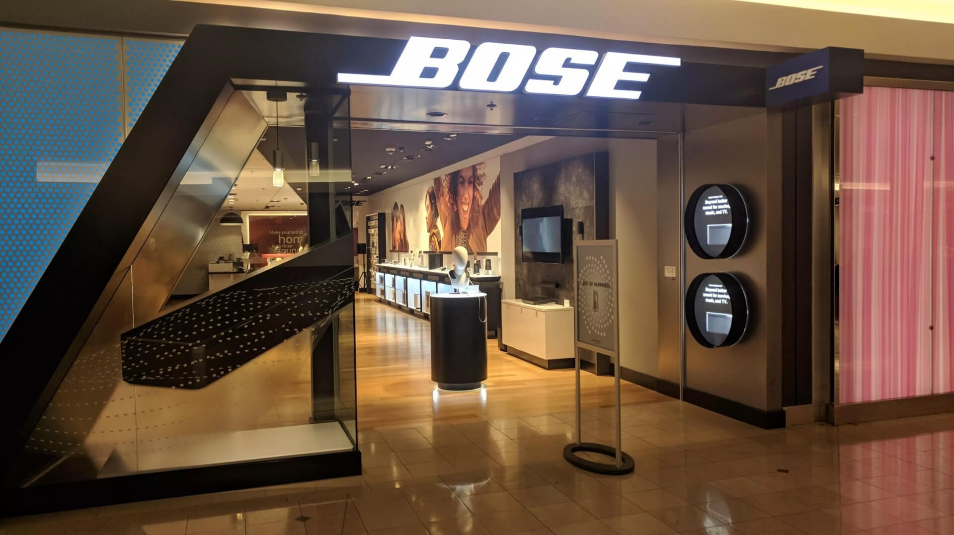 Bose is shutting down all of its 119 retail stores in North America, Europe, Japan, and Australia