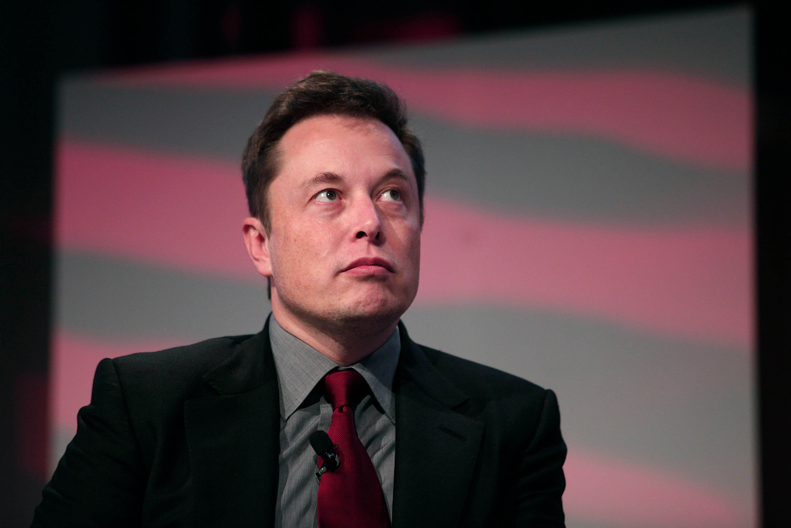 Elon Musk: Advanced AI development should be regulated, including Tesla