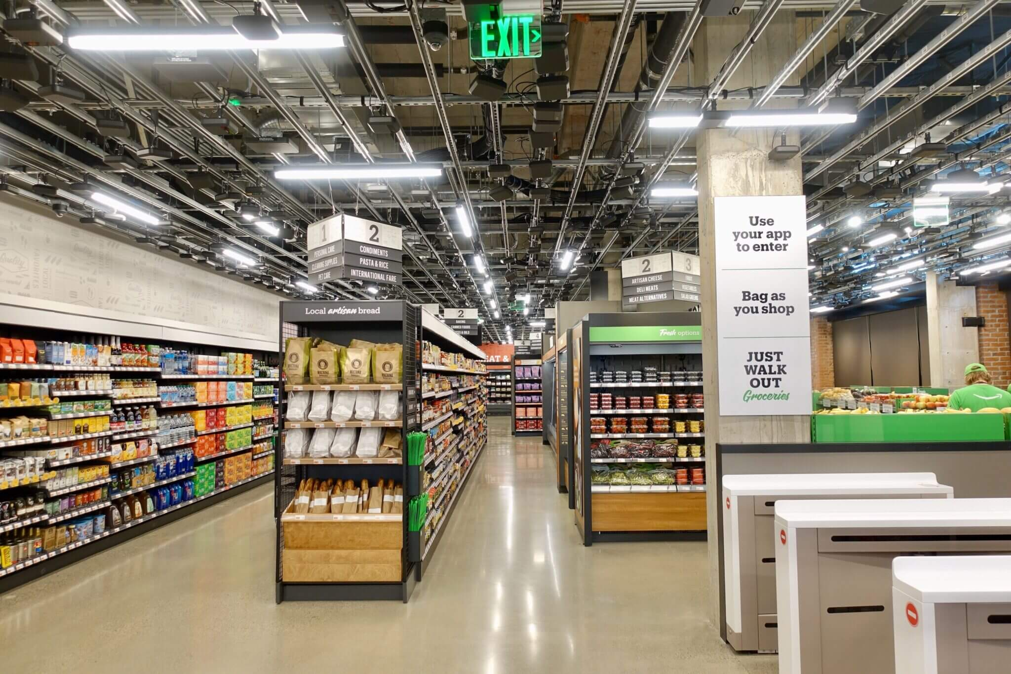 Amazon opens first full-sized cashier-free grocery store in Seattle