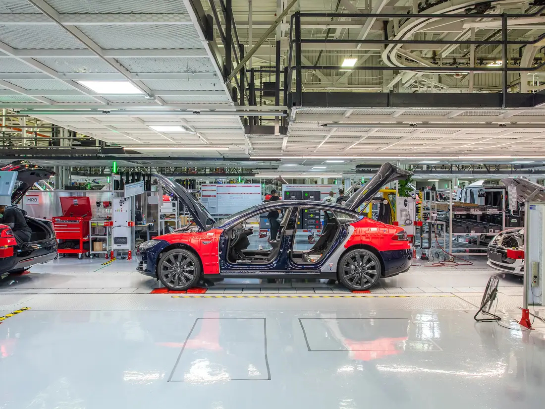 Tesla switches to 'touchless deliveries' for customers, will temporarily shut down Fremont facility next week