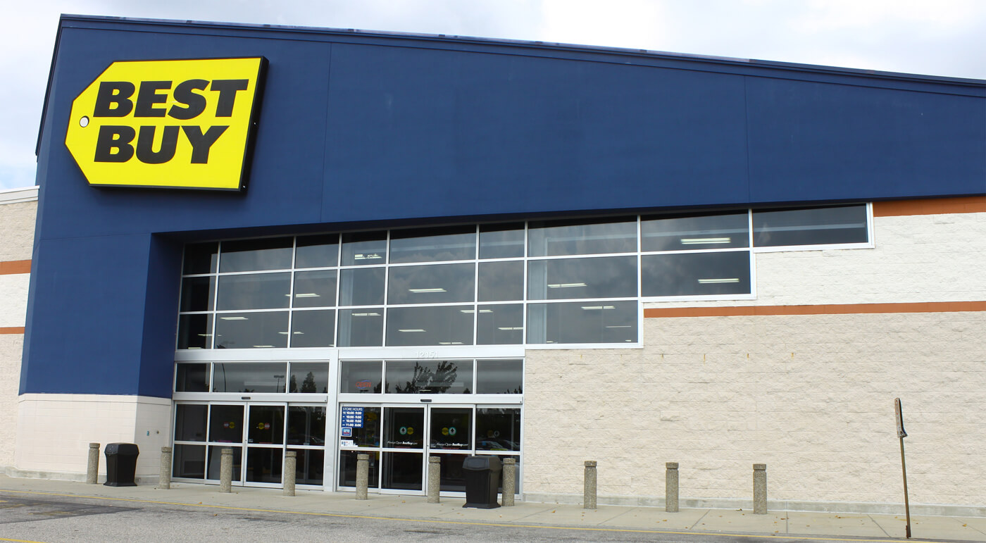 Best Buy employees will bring your purchase out to your car