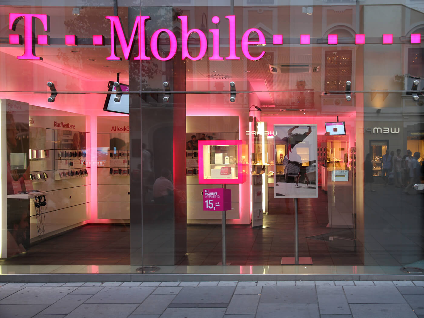 T-Mobile is expediting the launch of its Connect prepaid plan