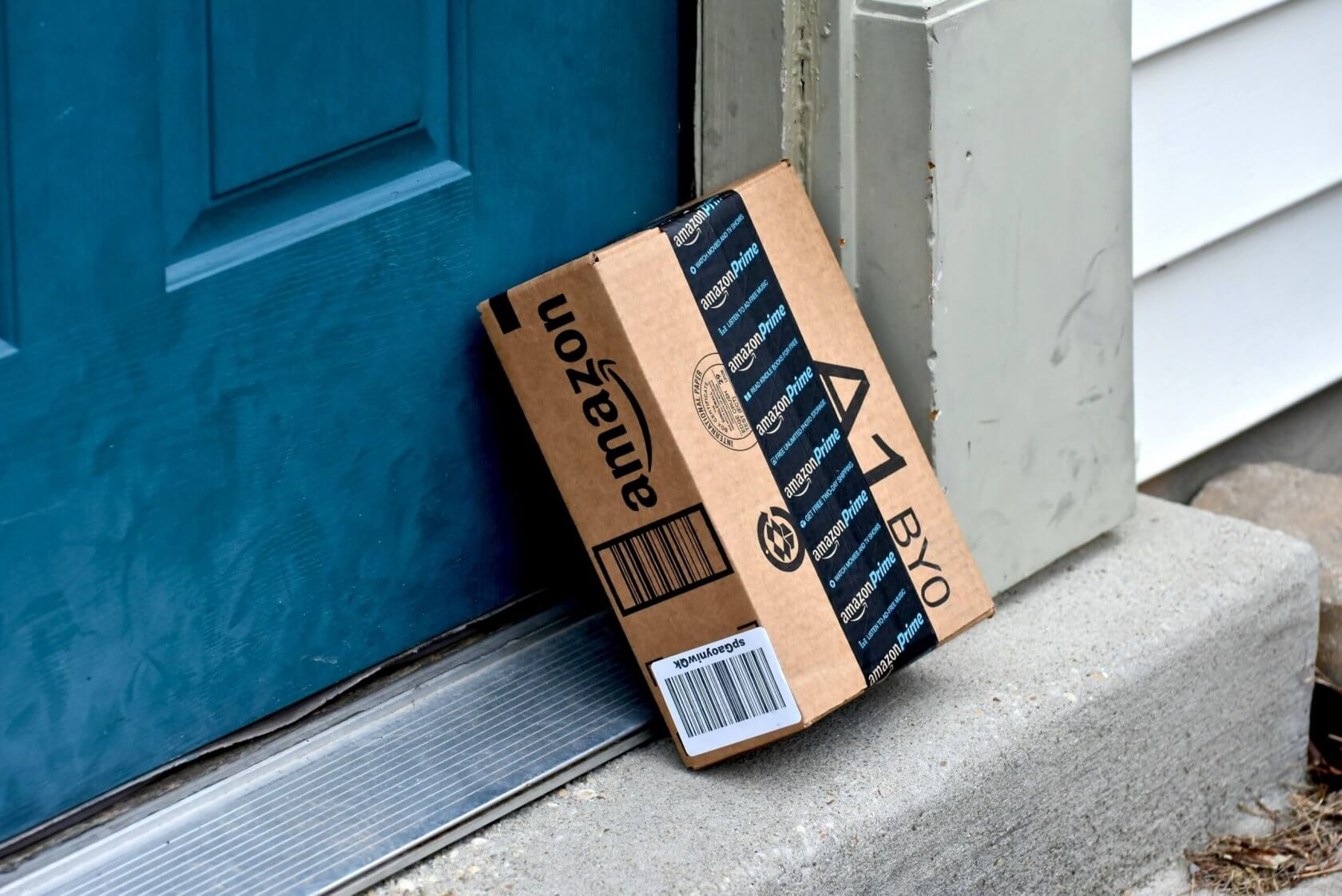 PC builders face month-long shipping delays from Amazon, other retailers remain unaffected