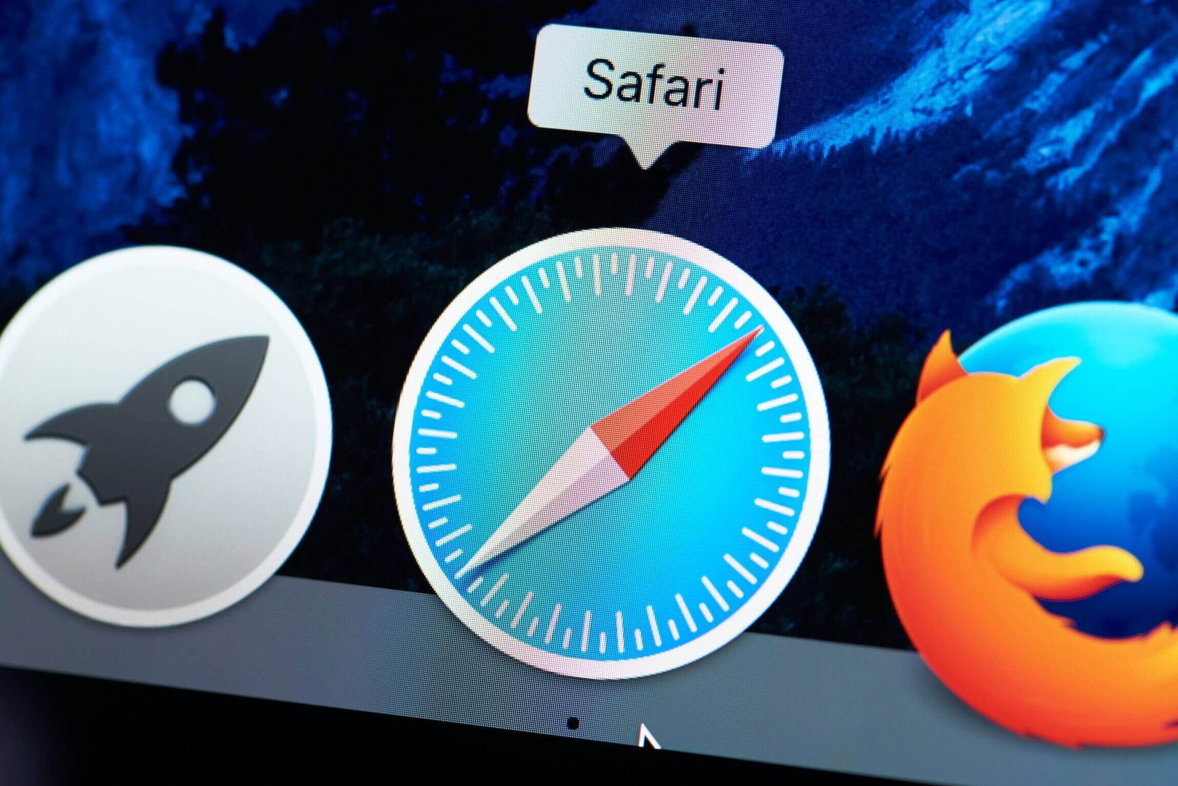 Safari will now block third-party cookies by default, delete a site's local storage after seven days