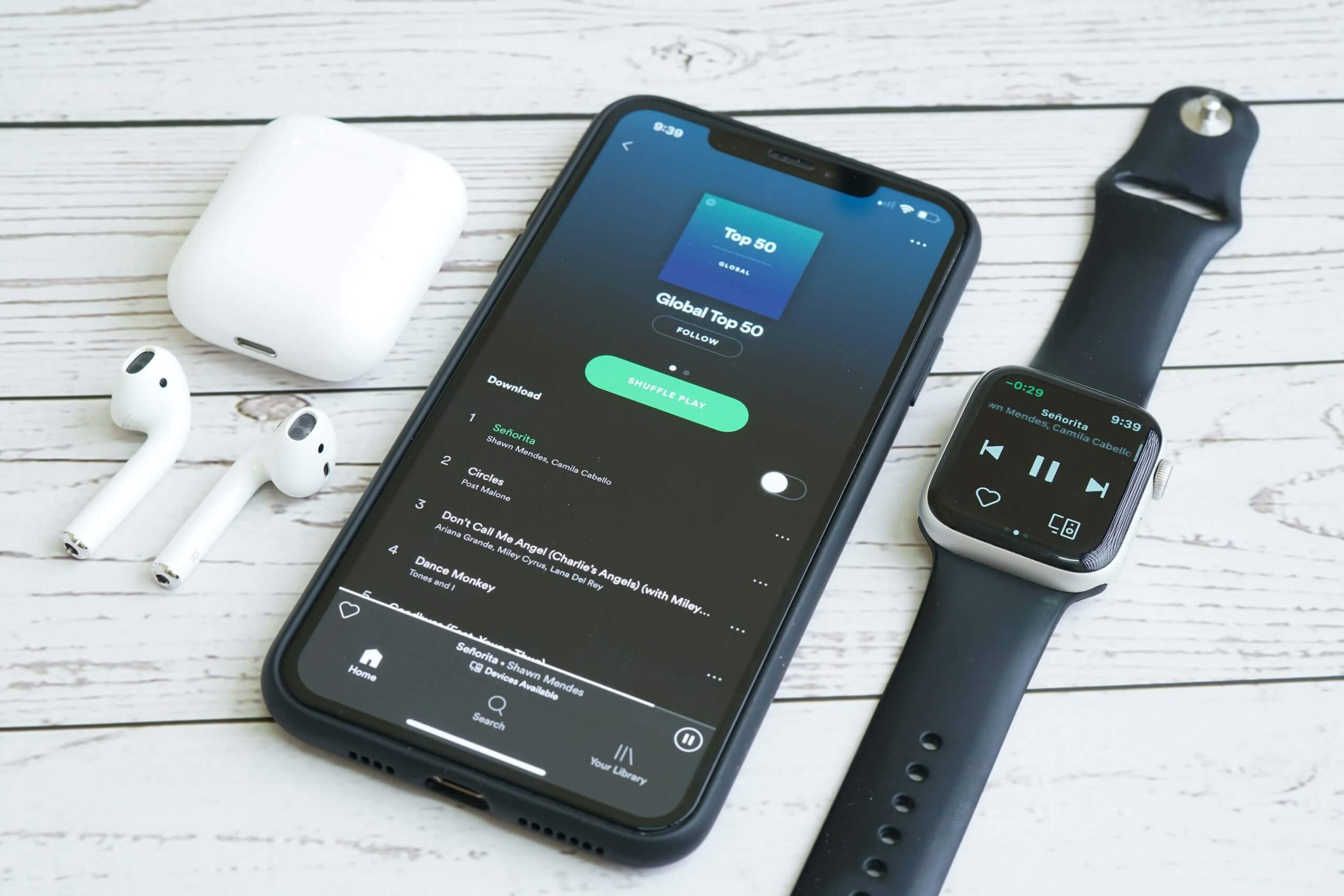 Spotify quietly updated Apple Watch app with Siri voice controls