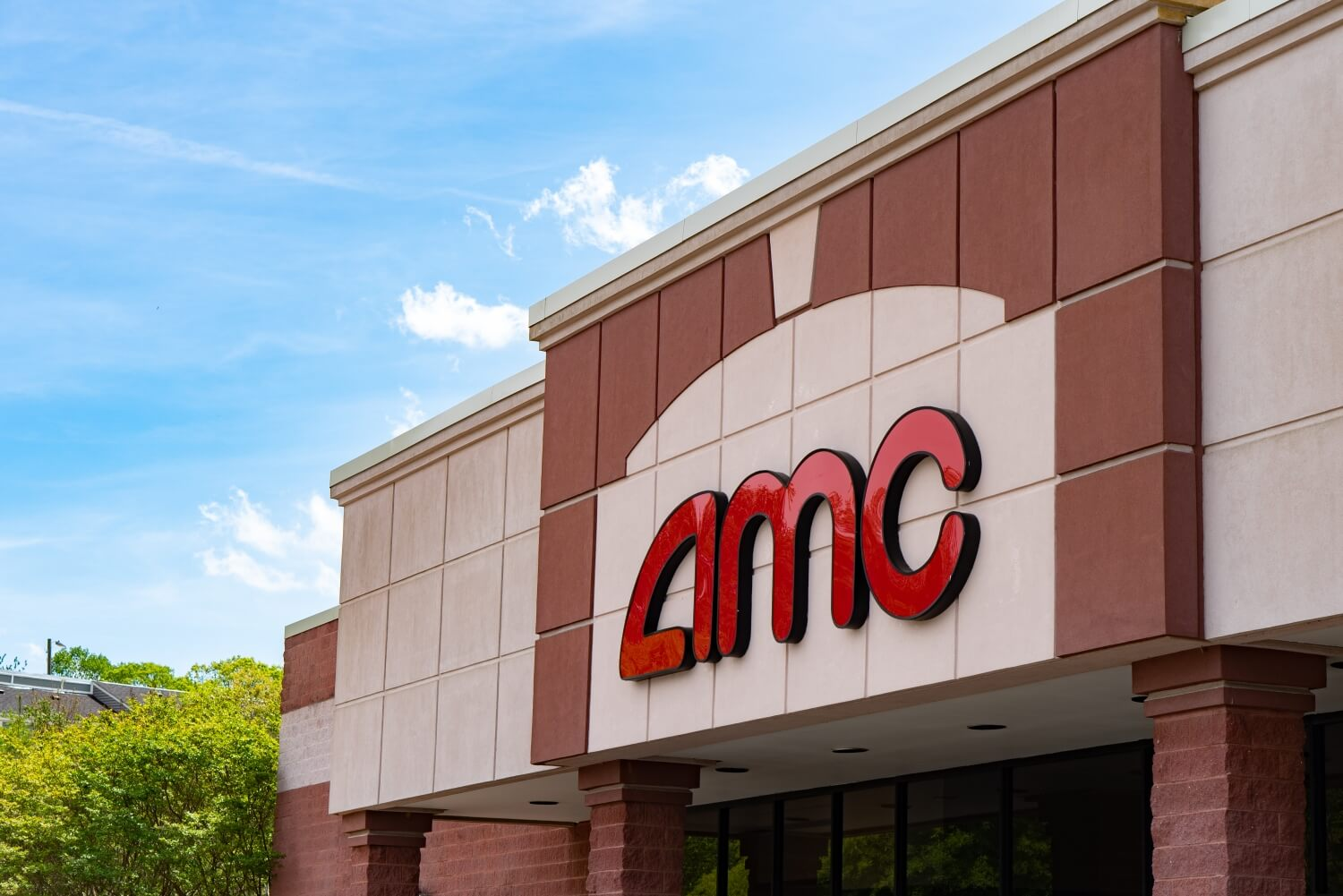 AMC Theaters lost .6 billion in 2020, but its CEO isn't worried