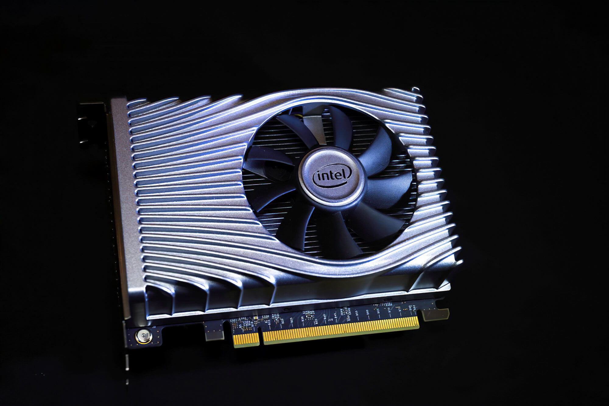 Intel won't benchmark GPUs with more than 768 shaders and 3GB memory