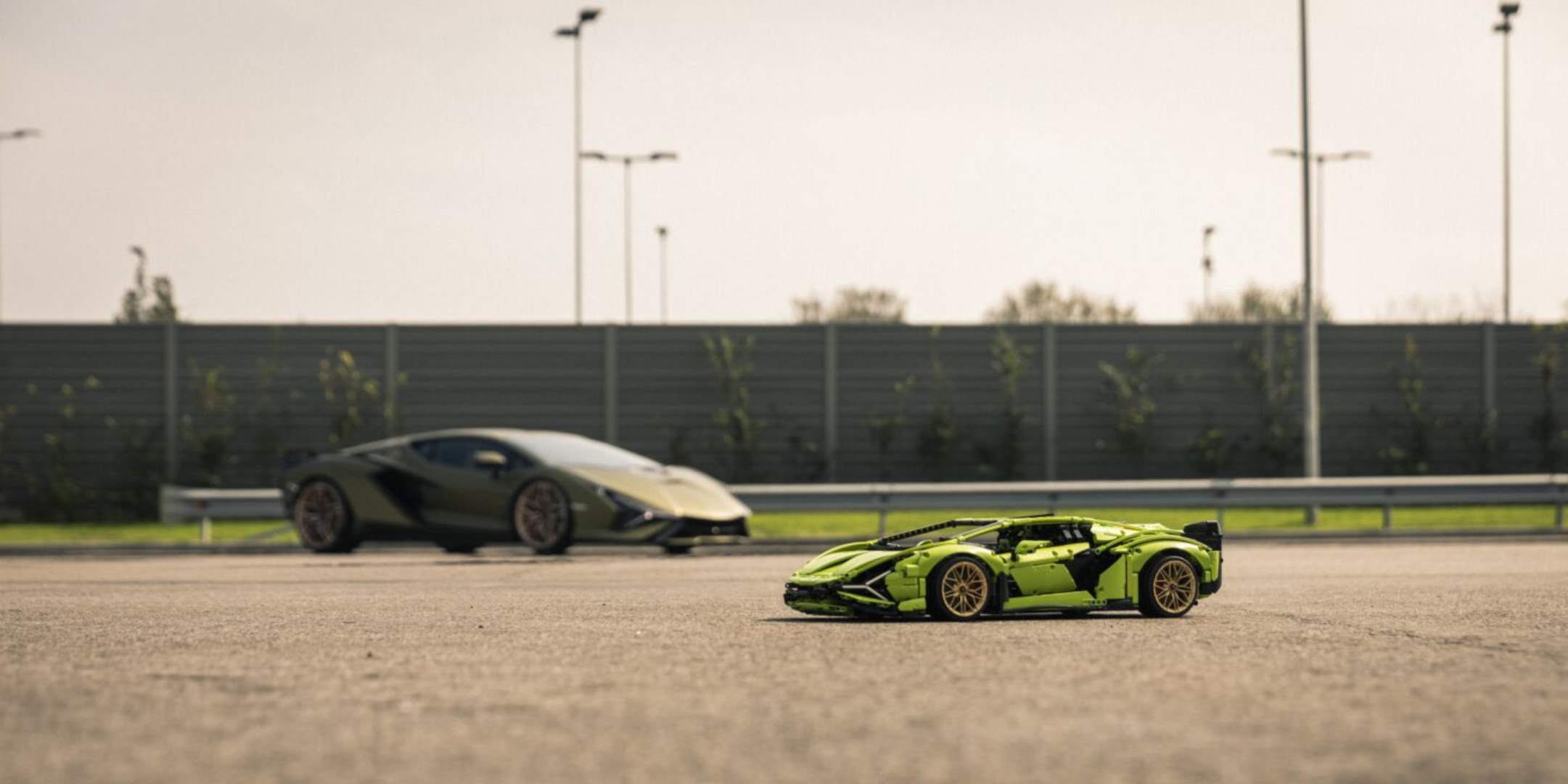 Lego's 1:8 scale model kit of the Lamborghini Sian might actually be more desirable than the real car