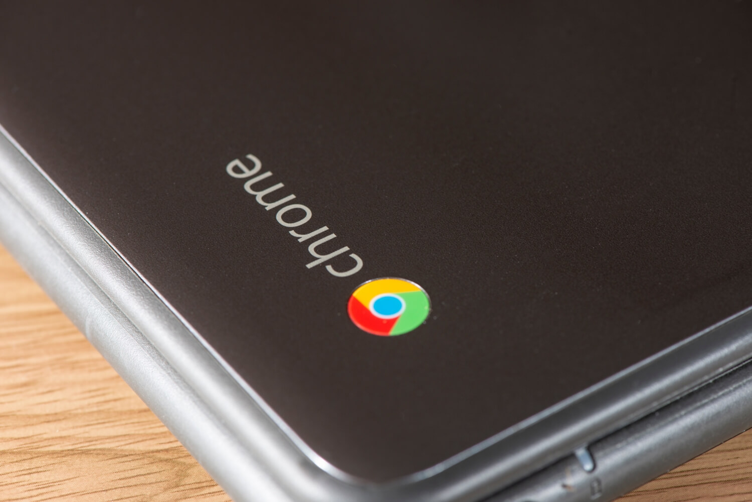 Google rolls out fix after ChromeOS update causes 100% CPU utilization, overheating