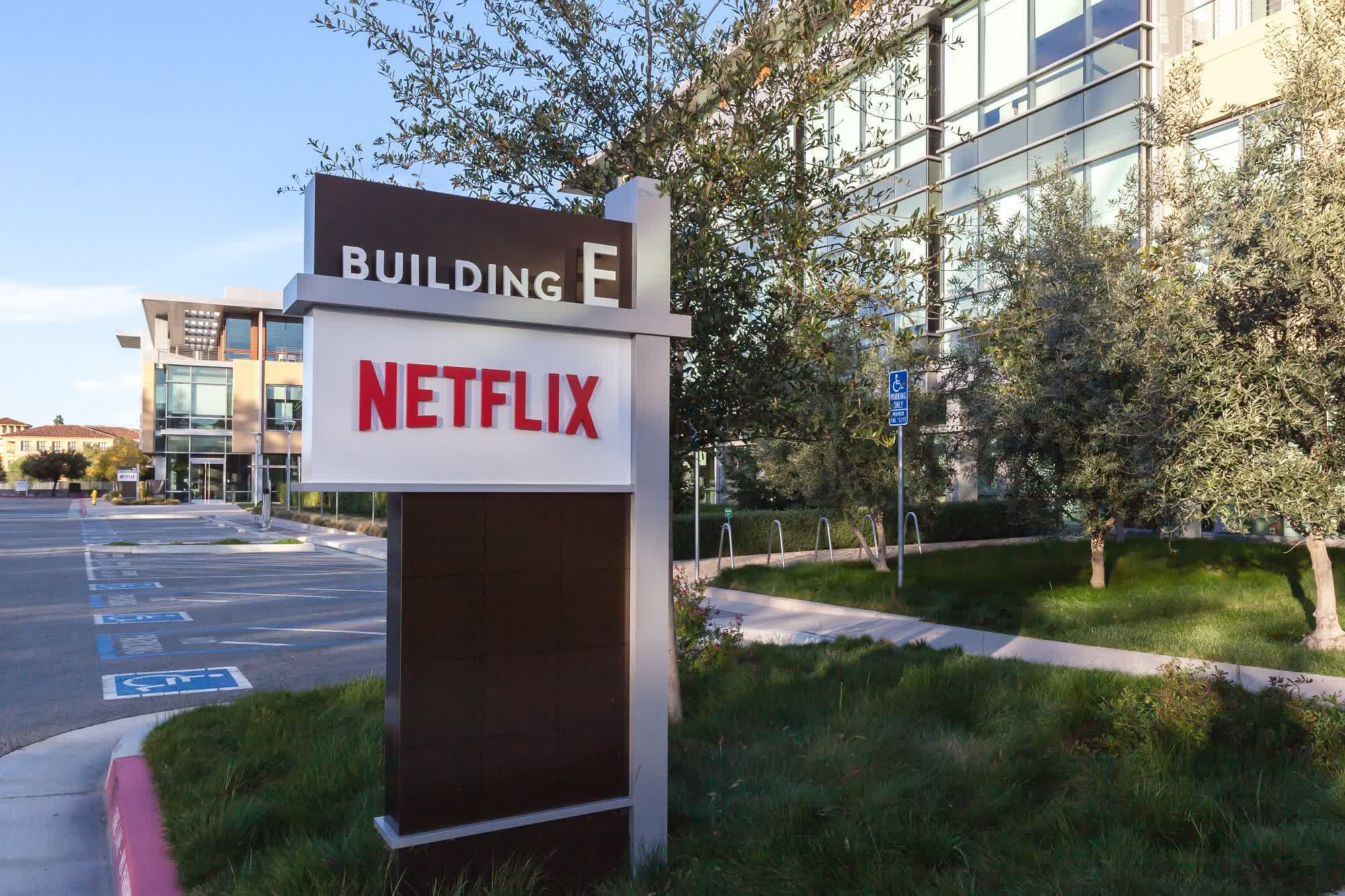 Netflix boss says staff can return to office when the majority are vaccinated