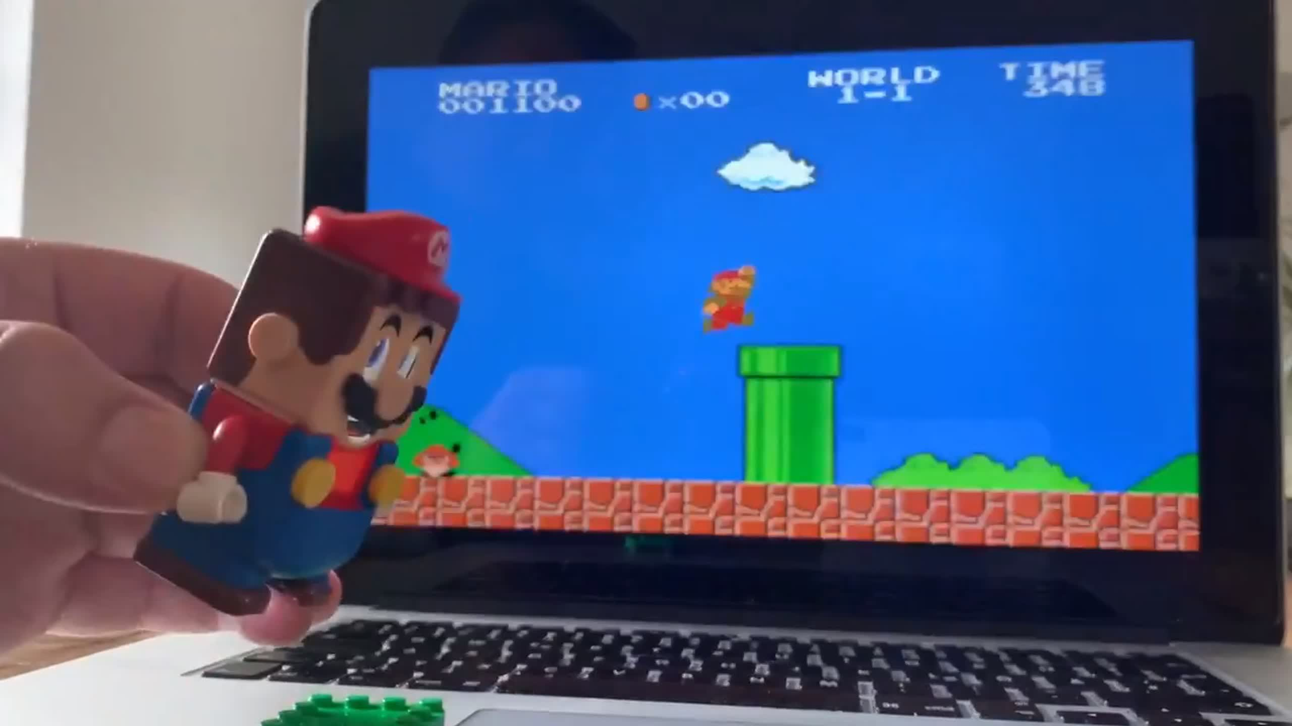 Watch Lego Mario controlling digital Mario thumbnail