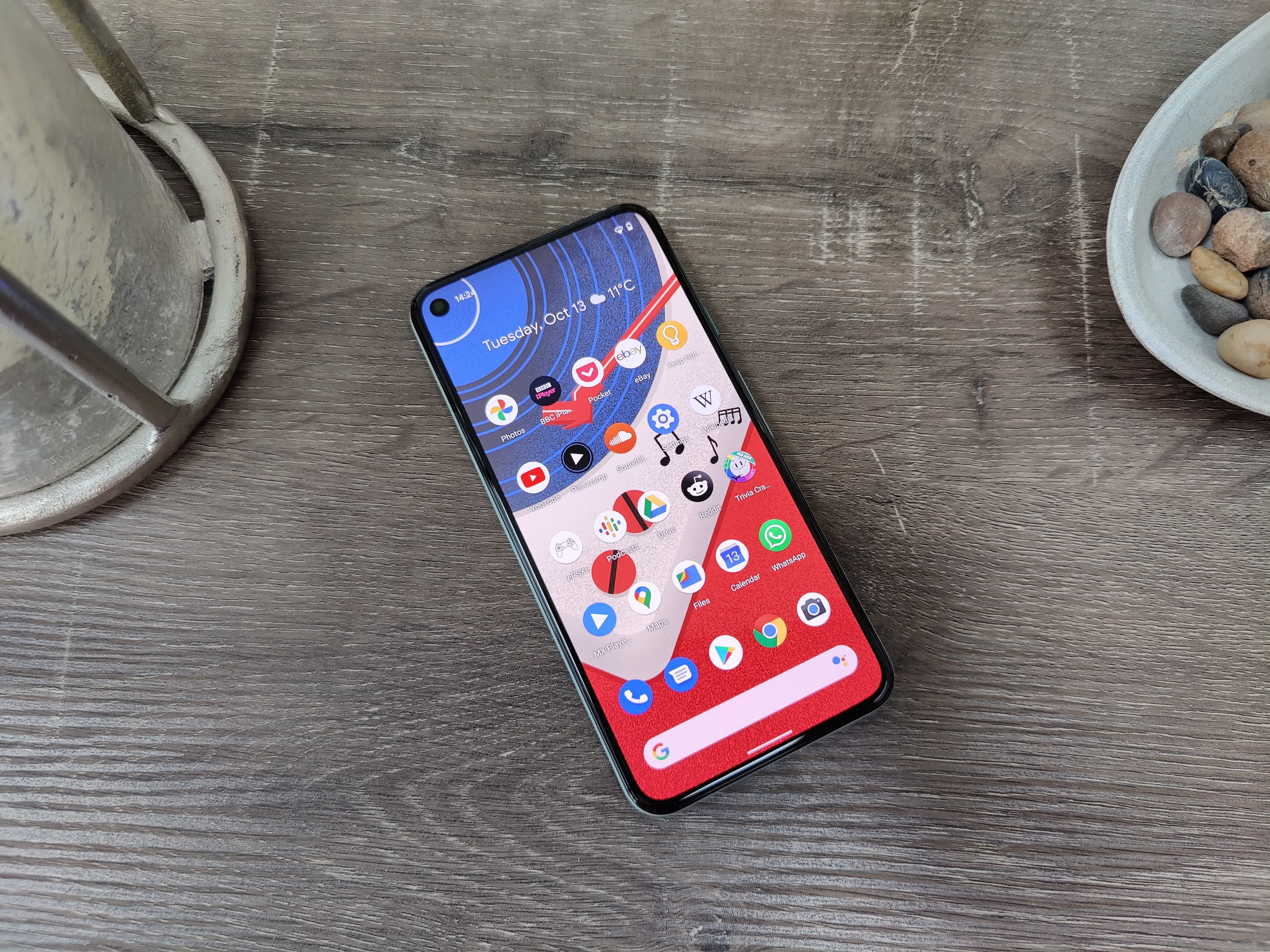 Google's Pixel 5 is reportedly suffering from build quality issues