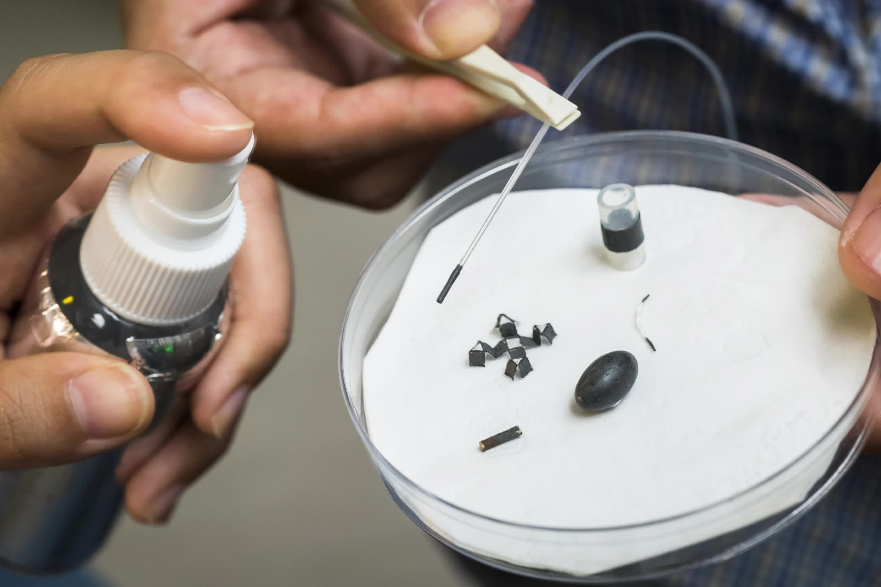 Magnetic spray coating used to create tiny, movable robots