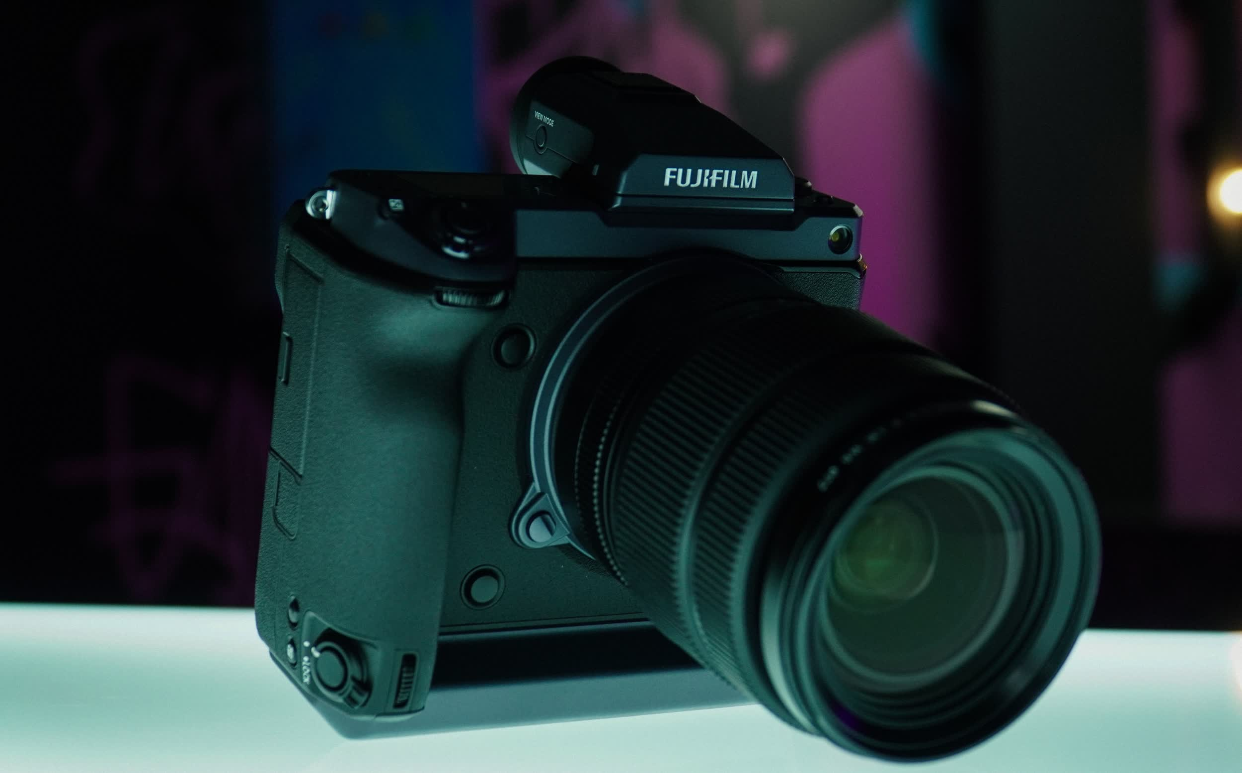 Fujifilm modified its flagship camera for infrared photography